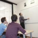 Dinamične in motivacijske priprave matura matematika vodi profesor Rok Strehovec.